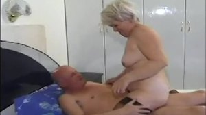 Granny, Amateurs, Husband, Cougar, Mommy, Grandmother, Homemade