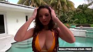 Luonnolliset tissit anaali porno