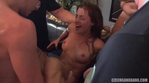Τζόντι Δυτική milf πορνό