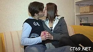 έφηβος σεξ σπάνκσύρμα