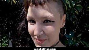 Latina tenåring porno Casting