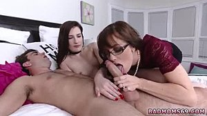 Ξανθιά πορνό σέξι