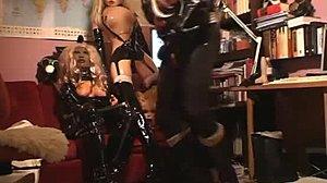 Čierna Teen mačička rúrky